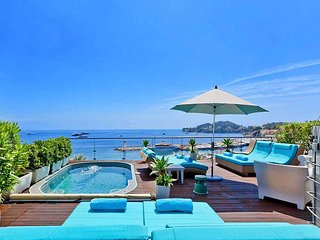 5 bedroom Villa in Saint-Jean-Cap-Ferrat, Provence-Alpes-Côte d'Azur, France : r