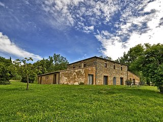 7 bedroom Villa in Spineta, Tuscany, Italy : ref 5242167