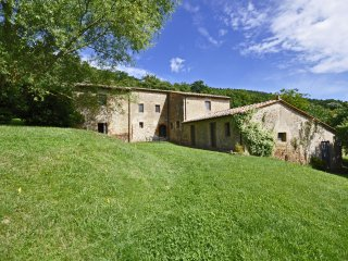7 bedroom Villa in Sarteano, Tuscany, Italy : ref 5242162