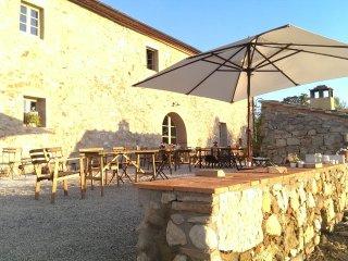 Sensano Villa Sleeps 22 with Pool Air Con and WiFi - 5242063