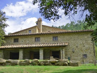 6 bedroom Villa in Monterchi, Tuscany, Italy : ref 5242052