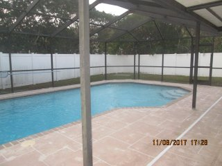 Tampa Bay- Large heated Pool home