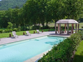 10 bedroom Villa in Gubbio, Umbria, Italy : ref 5241967