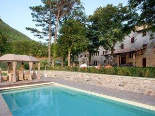 10 bedroom Villa in Gubbio, Umbria, Italy : ref 5241967
