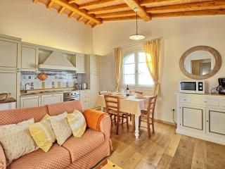 2 bedroom Apartment in Montelupo Fiorentino, Tuscany, Italy : ref 5241921