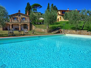 6 bedroom Villa in Lucignano, Tuscany, Italy : ref 5241853