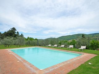 Corti Villa Sleeps 14 with Pool and Air Con - 5241736