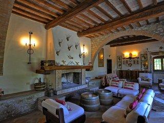 6 bedroom Villa in Trevinano, Latium, Italy : ref 5241820