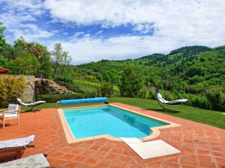 Monteluco Villa Sleeps 8 with Pool Air Con and WiFi - 5241686