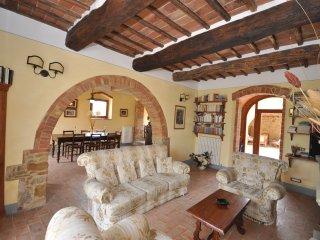 5 bedroom Villa in Montefollonico, Tuscany, Italy : ref 5241654