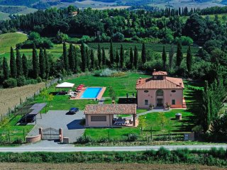 Montelopio Villa Sleeps 11 with Pool Air Con and WiFi - 5241430