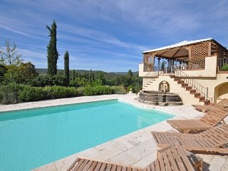 Castello di Montalto Villa Sleeps 14 with Pool Air Con and WiFi - 5241683