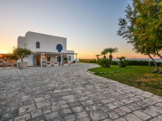 5 bedroom Villa in Savelletri, Apulia, Italy : ref 5241163