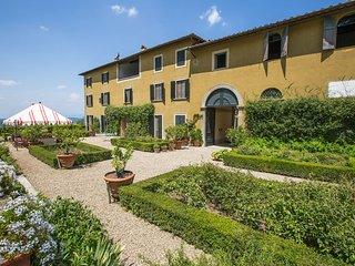 9 bedroom Villa in San Polo in Chianti, Tuscany, Italy : ref 5241096