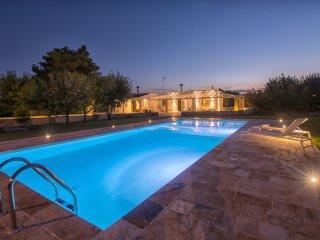 3 bedroom Villa in Mesagne, Apulia, Italy : ref 5241046