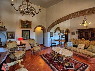 5 bedroom Villa in Gigliola, Tuscany, Italy : ref 5241285