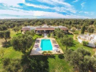 6 bedroom Villa in Carovigno, Apulia, Italy : ref 5240805