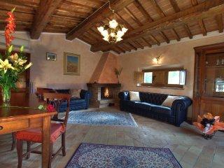7 bedroom Villa in Montepulciano, Tuscany, Italy : ref 5240971