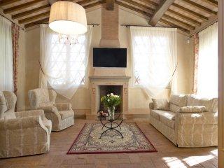 4 bedroom Villa in Colle di Compito, Tuscany, Italy : ref 5240769