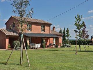 4 bedroom Villa in Mutigliano, Tuscany, Italy : ref 5240769