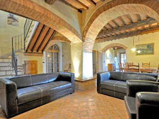 7 bedroom Villa in Murlo, Tuscany, Italy : ref 5240639