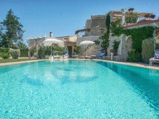 4 bedroom Villa in Ostuni, Apulia, Italy : ref 5240679