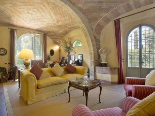 5 bedroom Villa in Argiano, Tuscany, Italy : ref 5240787