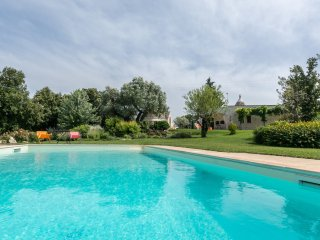 3 bedroom Villa in Ceglie Messapica, Apulia, Italy : ref 5240948