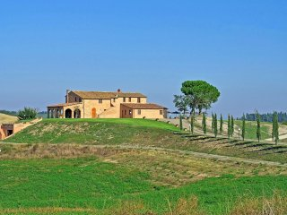 7 bedroom Villa in Murlo, Tuscany, Italy : ref 5240639