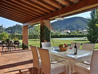 4 bedroom Villa in Mutigliano, Tuscany, Italy - 5240769
