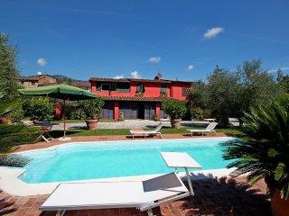 3 bedroom Villa in San Colombano, Tuscany, Italy : ref 5240394