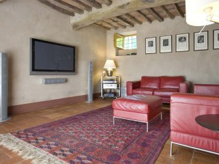 5 bedroom Villa in Pieve Santo Stefano, Tuscany, Italy : ref 5240159