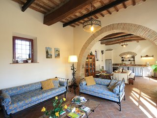 3 bedroom Apartment in Quercegrossa, Tuscany, Italy : ref 5240115