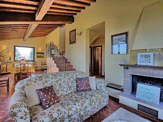 6 bedroom Villa in Lucignano, Tuscany, Italy : ref 5239356