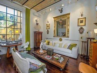 Aristocratic luxury flat 4 min from Piazza del Popolo