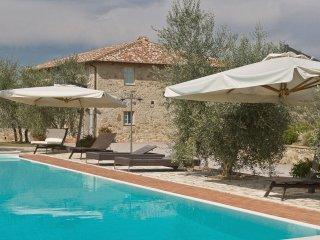 9 bedroom Villa in San Gusmè, Tuscany, Italy : ref 5240092