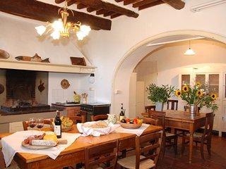 6 bedroom Villa in San Gennaro, Tuscany, Italy : ref 5239267