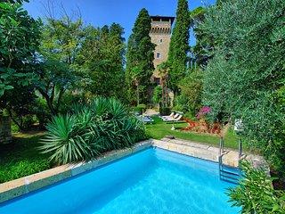 7 bedroom Chateau in Cetona, Tuscany, Italy : ref 5240046