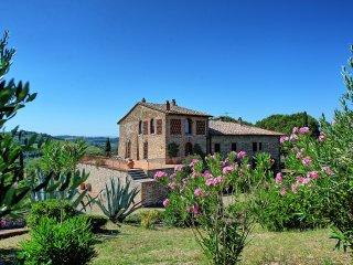 5 bedroom Villa in Gigliola, Tuscany, Italy : ref 5239348