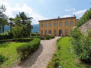 11 bedroom Villa in Vorno, Tuscany, Italy : ref 5240020