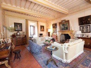 6 bedroom Villa in Castelfiorentino, Tuscany, Italy : ref 5239963