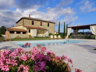 11 bedroom Villa in Montebenichi, Tuscany, Italy : ref 5239131