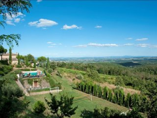 8 bedroom Villa in Fornoli, Tuscany, Italy : ref 5239810