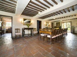 10 bedroom Villa in Lucca, Tuscany, Italy : ref 5239297