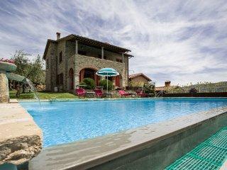 4 bedroom Villa in Castiglion Fiorentino, Tuscany, Italy : ref 5239514