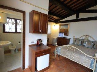 1 bedroom Apartment in Cortona, Tuscany, Italy : ref 5239508