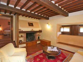 4 bedroom Villa in Civitella in Val di Chiana, Tuscany, Italy : ref 5239969