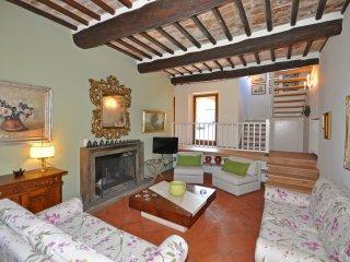 4 bedroom Villa in Montalcino, Tuscany, Italy : ref 5239877