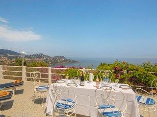 2 bedroom Villa in Le Trayas, Provence-Alpes-Cote d'Azur, France : ref 5238565
