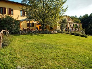 9 bedroom Villa in Sergine di Sotto, Tuscany, Italy : ref 5239136